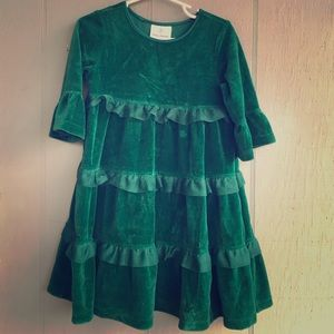 Hanna Andersson Other - SPRING Green velvet Hannah Anderson dress