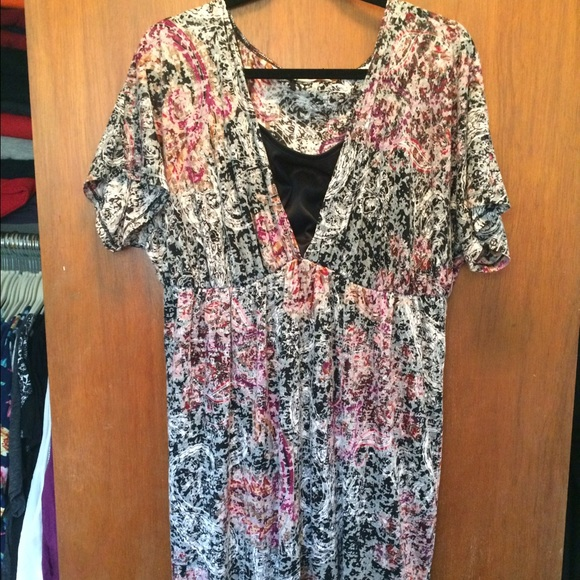 Maurices plus size dress size 2 short sleeve