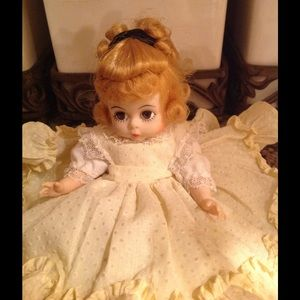 Other - Vintage porcelain doll
