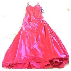 Alfred Angelo Dresses & Skirts - 💗Prom💗 Niki for Alfred Angelo Disney