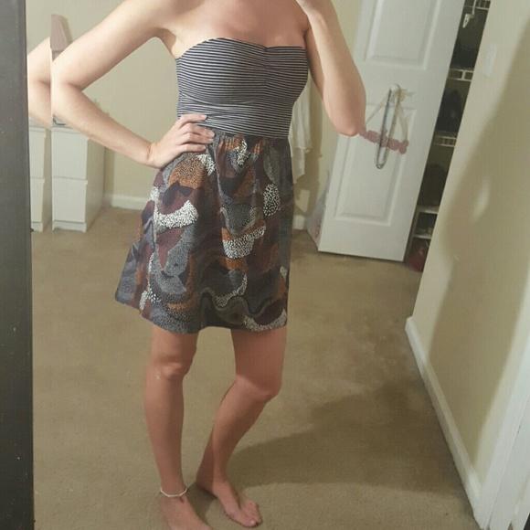 Roxy Dresses & Skirts - Strapless Roxy Dress