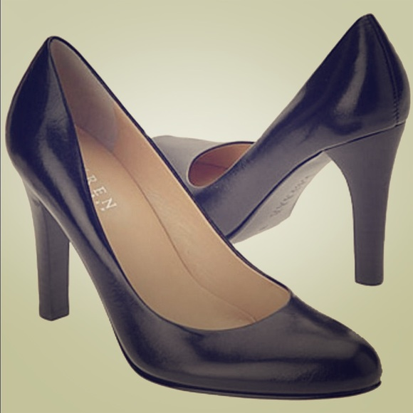 04a669b9642 Ralph Lauren black leather heel pumps Zamora 8.5. M 57a37350ea3f368545005d97