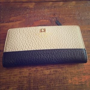 Kate Spade Handbags - Kate Spade gray and black pebbled wallet