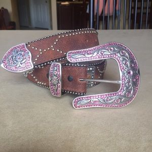 Tony Lama Accessories - TONY LAMA Western Belt!