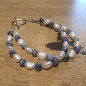 Handmade Jewelry - Blue lapis and pearls