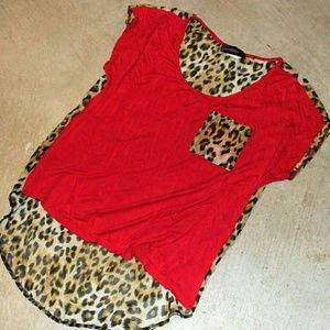 Red leopard print silk back shirt high low small