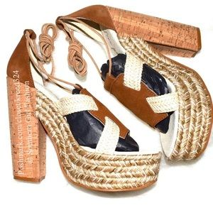 Free People Shoes - FREE PEOPLE Shoes Lace Up Sandals Gladiator Heels