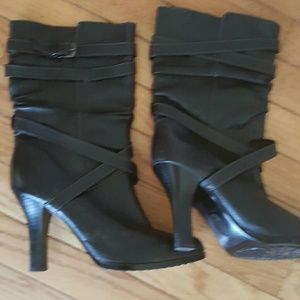 Shoes - Ladies boots