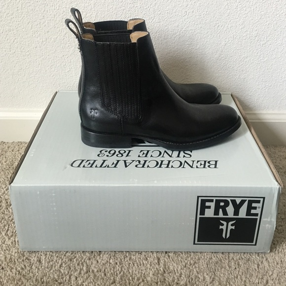frye frye jamie chelsea boots from tiffany 39 s closet. Black Bedroom Furniture Sets. Home Design Ideas