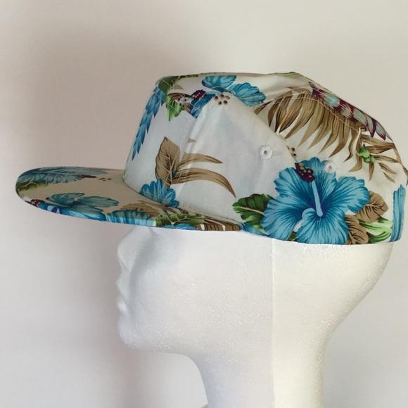 BK Accessories - 🐬Blue Hawaii Baseball Cap. NWOT