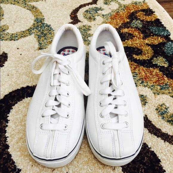 white lace up keds