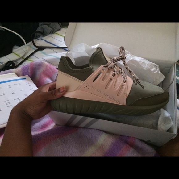 936026920661 adidas tubular olive green and pink