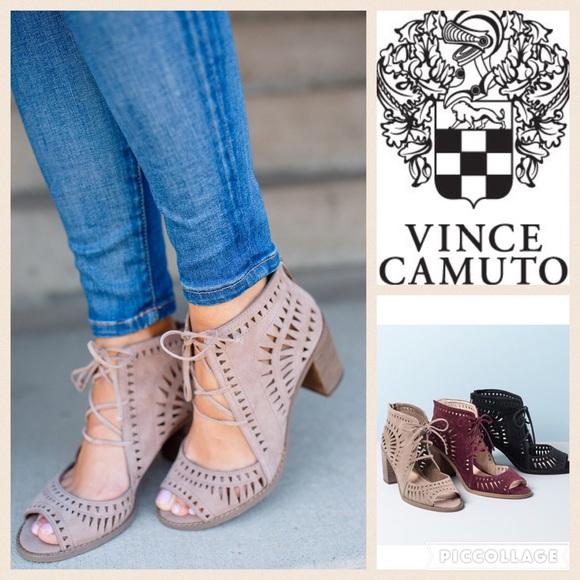 b9cd98852ee Vince Camuto Tarita Lace Up Sandal in Smoke Cloud