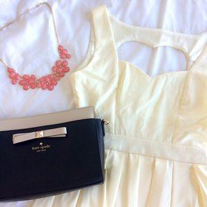 Tea n Cup Dresses & Skirts - 🎉 HP 🎉 Ivory Classic Heart Dress