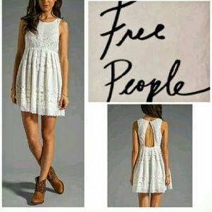 Free People Dresses & Skirts - *Adorable Free People Lace Dress*