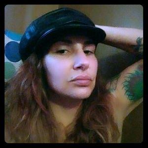 100% Lambskin black hat, HOT VINTAGE💋