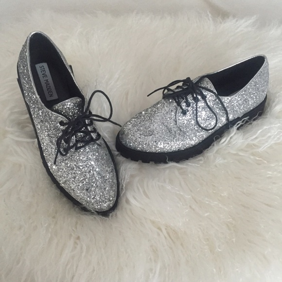 2f7f056a4c Steve Madden Shoes - NWOT Silver Glitter Creepers Saddle Shoes