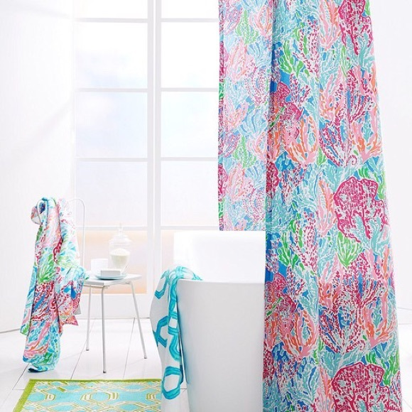 Lilly Pulitzer - DDDISO! Lilly Pulitzer Bed/Bath; Let's Cha Cha ...