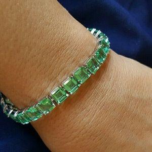 Jewelry - NWOT - Green Amethyst bracelet, SS.925