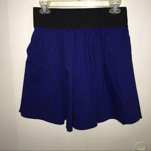 Flowy high waist skirt in royal blue