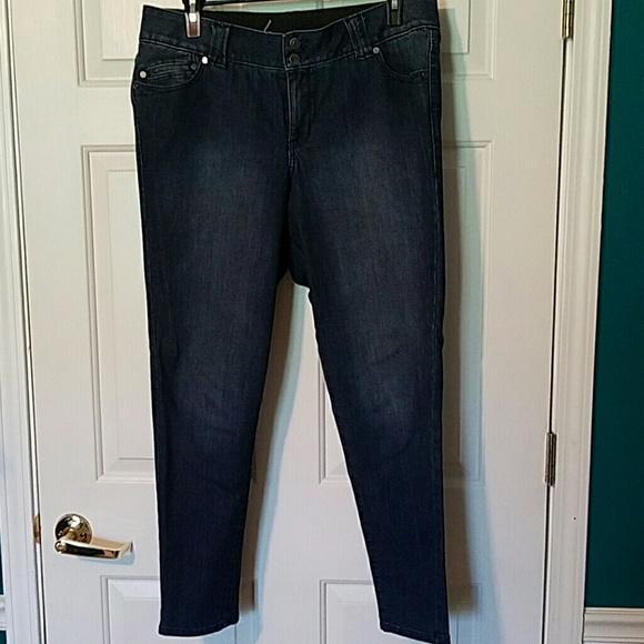 b3d16eff53272 Lane Bryant Denim - Lane Bryant T3 skinny jeans