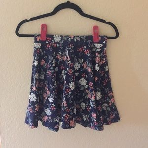 Cute flower skater skirt!
