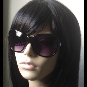 Black Framed Chain Sunglasses