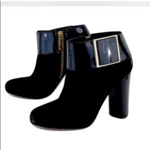TORY BURCH BLACK SUEDE AND PATENT HEEL