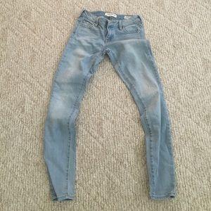 Bullhead Denim Low Rise Skinniest Jeans