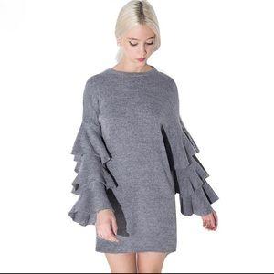 Dresses & Skirts - 🎉3xHP🎉5 ⭐️ Gray dress with ruffle layered sleeve