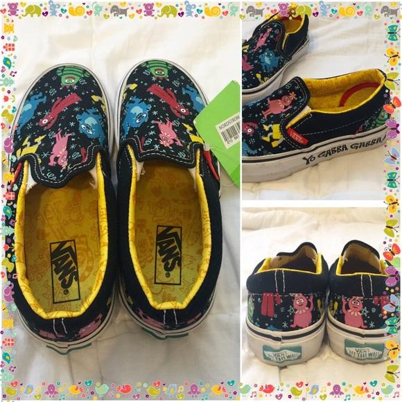 0faafb84d862ac ... off VANS New YO GABBA GABBA Sneakers. M 57a532703c6f9fb95200aead