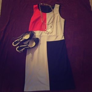 Sleeveless work dress - perfect for summers