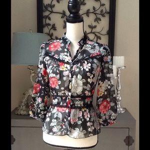 Love Squared Tops - Beautiful sheer top/blouse - NEW/