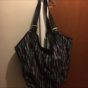 Cynthia Vincent Handbags - Cynthia Vincent carryall with black leather straps