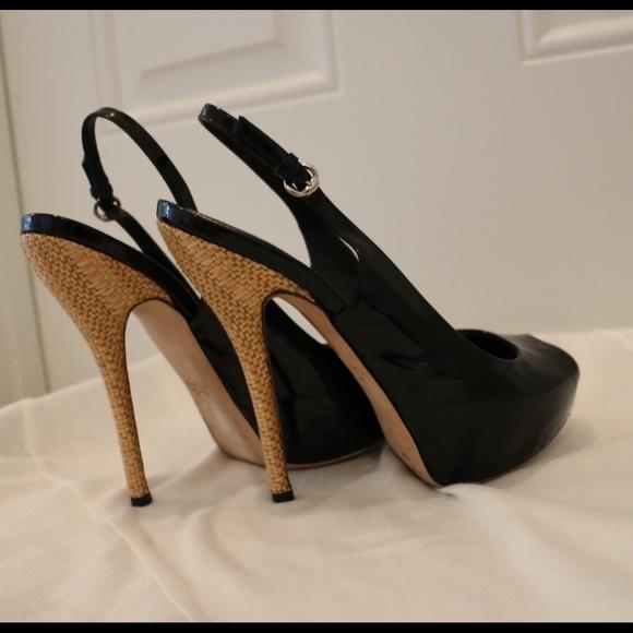 881d486efa6 Gucci Shoes - GUCCI Sophia Black Patent Leather Slingbacks 36
