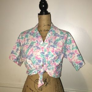 Vintage Tops - Vintage collar button size small