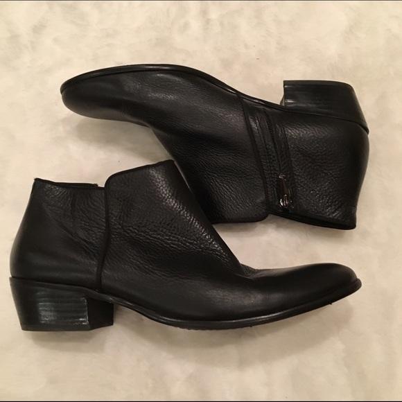 40085d4f8a39 Sam Edelman Petty black leather ankle boot. M 57a59376a88e7dcbb7001b9d