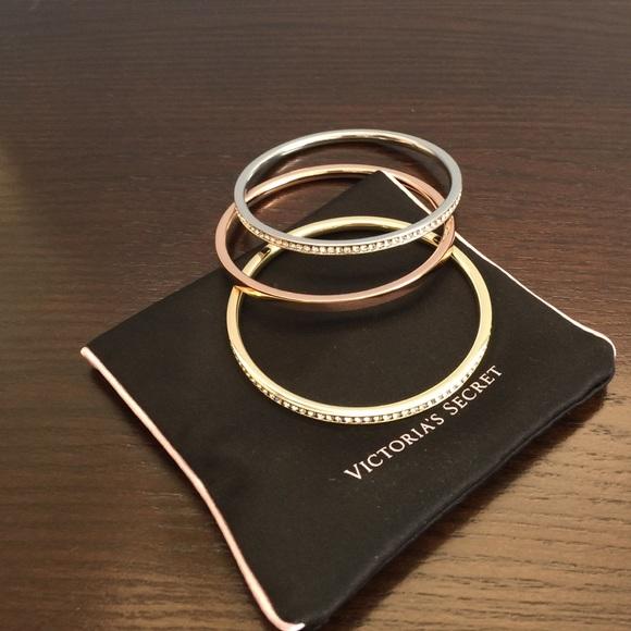 Victoria Secret 3 Bangle Bracelet Set