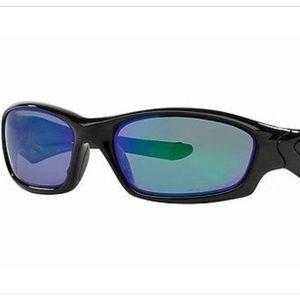 5011dc57e5 Oakley Accessories - 🆕 Straight jacket jade iridium polarized