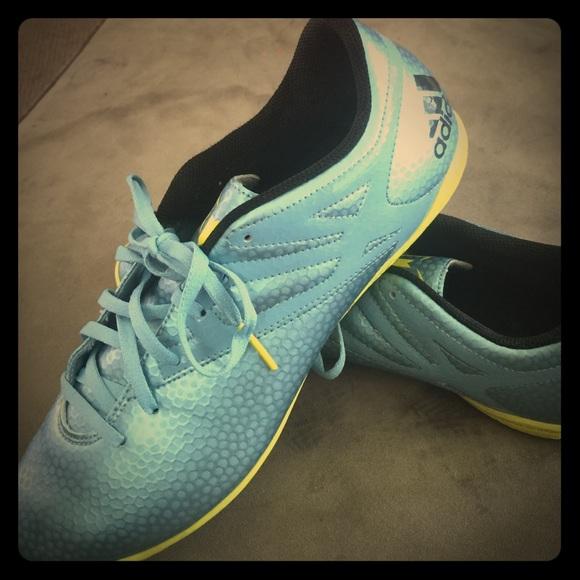 Adidas zapatos hombre  Messi Indoor Soccer poshmark