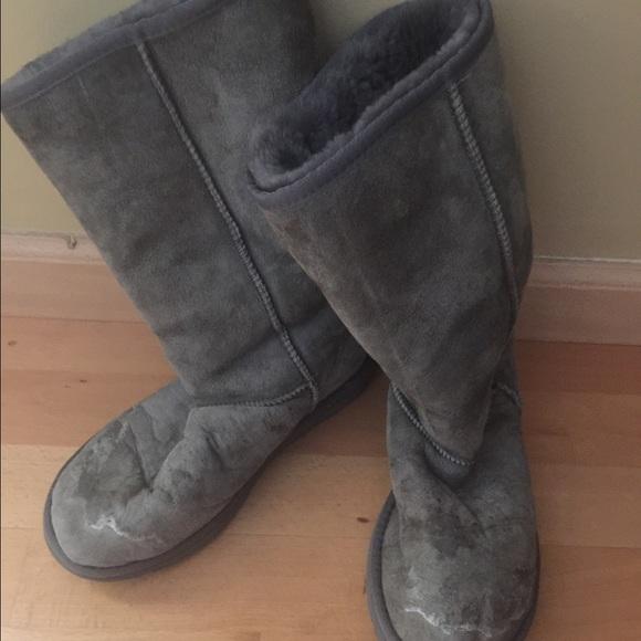 f453e346efa Original Grey UGG Australia boots - size 8