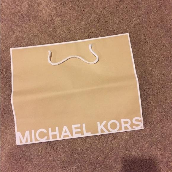 Michael Kors - MK shopping bag from Maria's closet on Poshmark