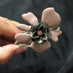 Jewelry - Lilac flower metal cuff bracelet [JW-68]