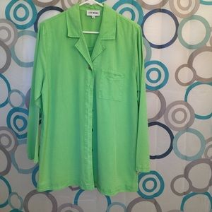 City wear Tops - Green long sleeve top medium