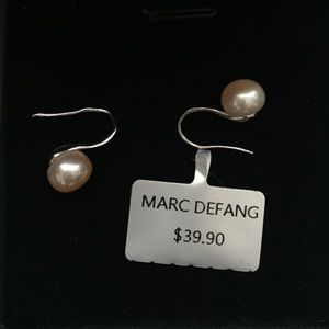 NEW IN BOX Pearl Earrings Set