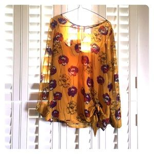 Jaclyn Smith flower blouse small