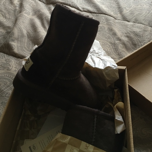 infant size 8 uggs