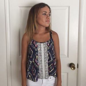 patterned top