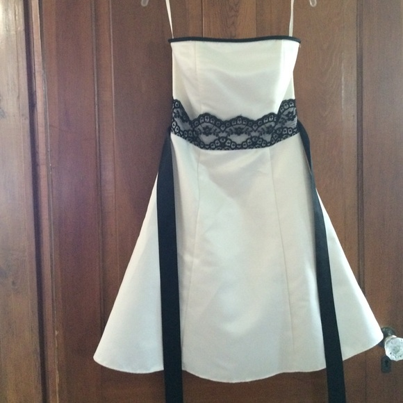 JESSICA McCLINTOCK White Gown Dress NWT Size 1 and Size 3