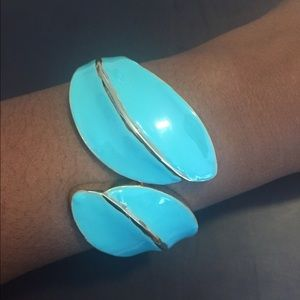 Cute Turquoise and Gold Clamp Cuff